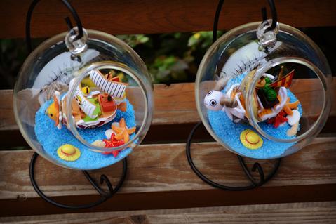 glass bowl ships one piece